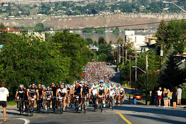 Granfondo Mass of riders