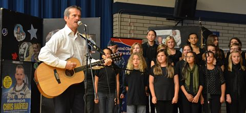 Astronaut Chris Hadfield visits Okanagan