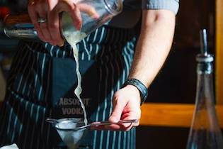 Post Modern Cosmo wins Bartending Competition