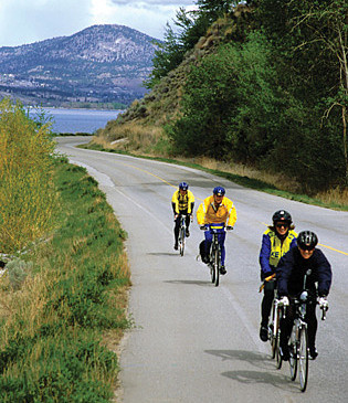 Cyclists-Skaha-Lake