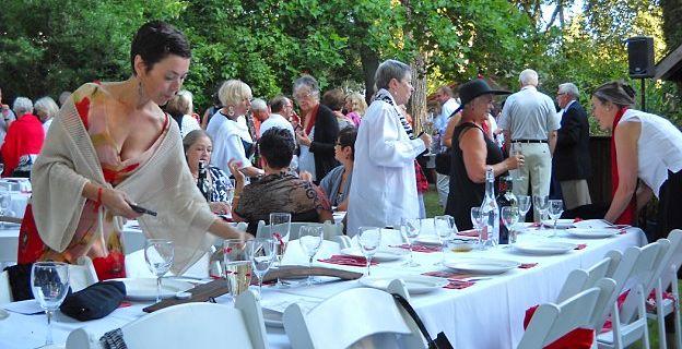 A Splash of Red offers elegant alfresco dining