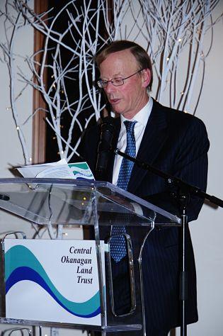 Robert-Hobson-family-donated-$250,000-to-okanagan-land-trust
