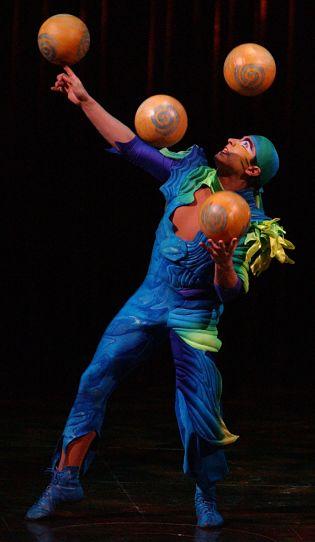cirque-de-soleil-varekai-penticton