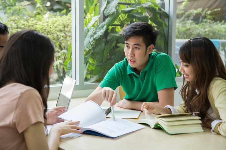 Thompson Okanagan students receive scholarships