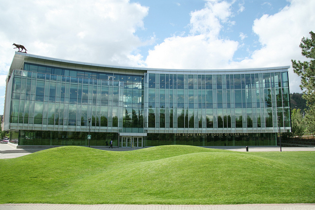 House of Learning building achieves LEED gold
