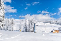 Big White Ski Resort announces early opening