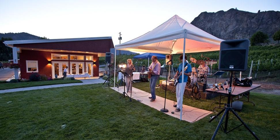 Okanagan Falls: Wine, Tacos & Live Music in the Vineyard