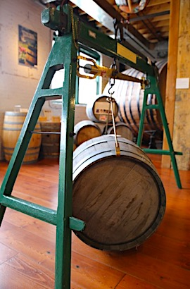 wine-barrel-weigh