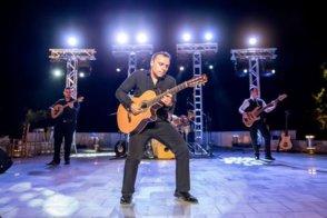 Pavlo In Concert @ Kelowna Community Theatre | Kelowna | BC | Canada