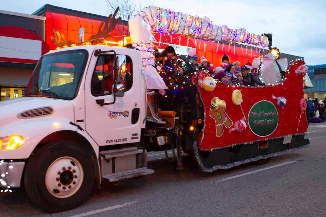 Santa-parade-city-of-Penticton-truck